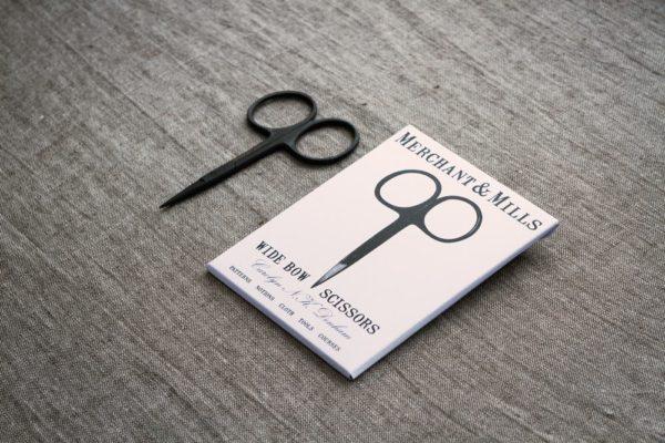 Merchant-&-Mills-Wide-Bow-Scissors-3